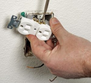 Outlet repairs for Elmwood Park, NJ   homeowners
